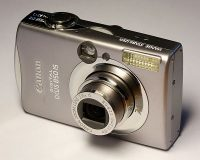 compact point & shoot camera