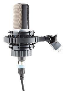 Condenser microphone