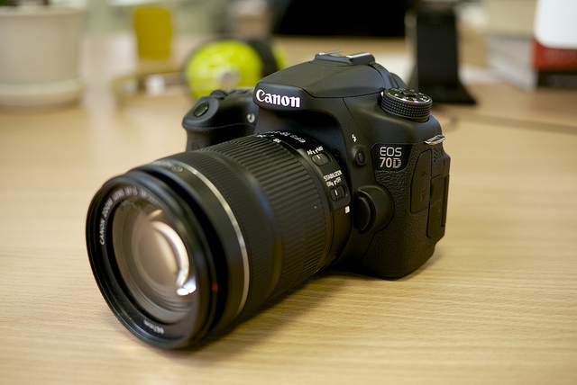 Canon EOS 70D - Best Kinds of Camera to Use for YouTube