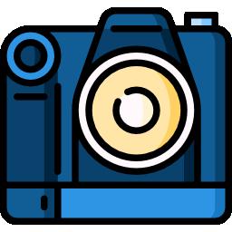 when to choose a DSLR camera for vlogging